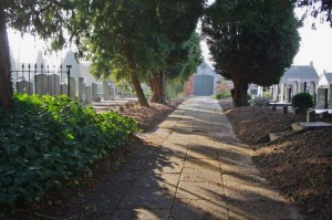 Hoofdpad begraafplaats